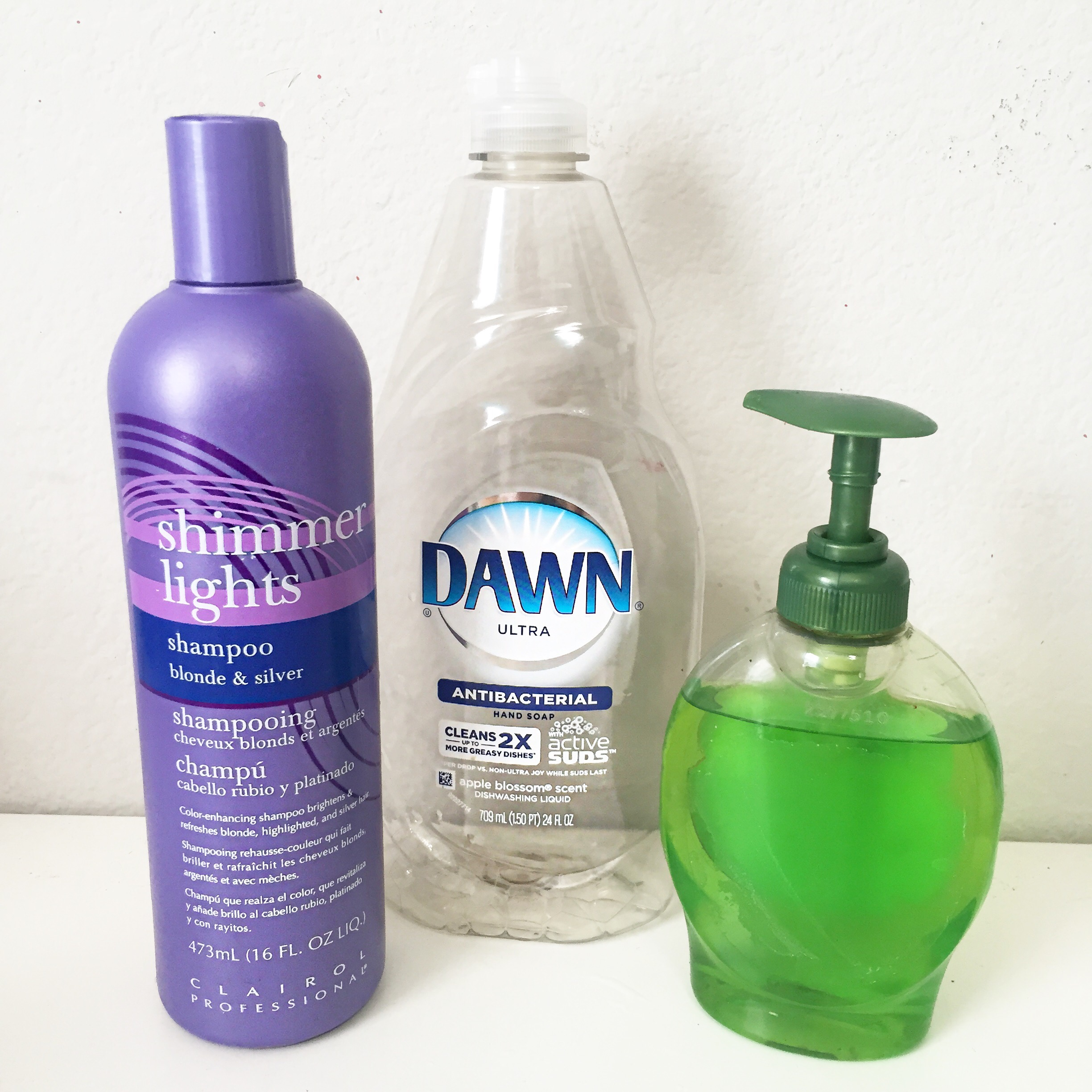 I Use Shimmer Lights As My Purple Shampoo To Tone By Blonde Hair. Also, The  Green Liquid Is Just The Dawn Soap, Its Easier To Use That Way.
